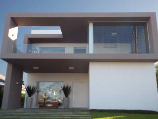 Casas de estilo minimalista de Tweedie+Pasquali Minimalista