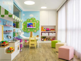 Modern Kid's Room by Carolina Burin & Arquitetos Associados Modern