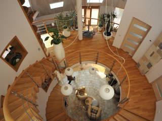 Миллениум Проект Eclectic style corridor, hallway & stairs