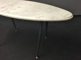 Table basse ovale en marbre et pied en métal des années 60'S:  de style  par ANTIKARTDESIGN