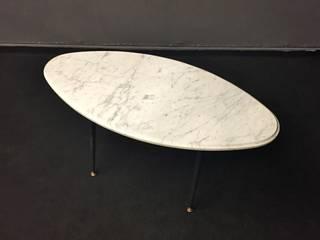 Table basse ovale en marbre et pied en métal des années 60'S  :  de style  par ANTIKARTDESIGN