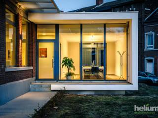 Extension d' une étude notariale Espaces de bureaux modernes par helium3 positive architecture Moderne