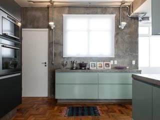 Cucina in stile  di PM Arquitetura
