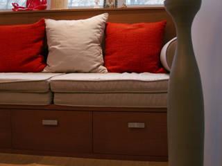 Маленькая квартира на Плющихе Гостиная в стиле модерн от Архитектурная Мастерская Акинкина и Авруцкой Модерн