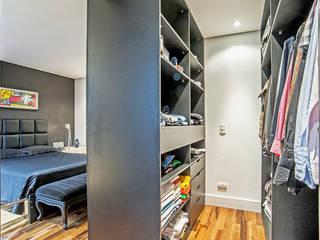 Closets de estilo  por Evviva Bertolini
