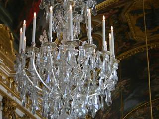 Lampadario in Cristallo: Arte in stile  di Gabriele Santocchi Design
