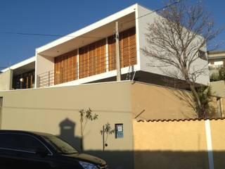Residência em Sorocaba: Casas  por nzaa arquitetura e urbanismo ,Moderno