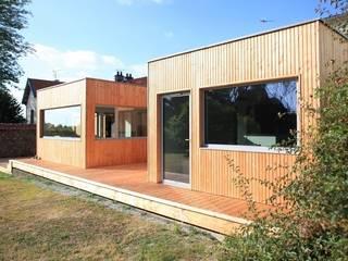 VIOLETTE Maisons scandinaves par bertin bichet architectes Scandinave