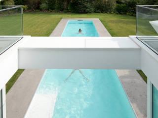 Haus von Stein: moderner Pool von Philipp Architekten - Anna Philipp