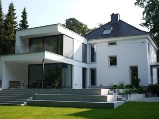 Casas modernas de DG/D Architekten Moderno