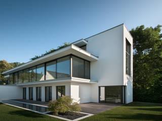 Haus Mauthe: moderne Häuser von Philipp Architekten - Anna Philipp