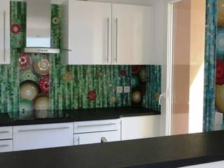 Crédence, tout autour de la cuisine:  de style  par Art Mosaico