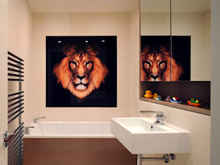 Kids Bathroom - Rotherwick Road: modern Bathroom by TG Studio