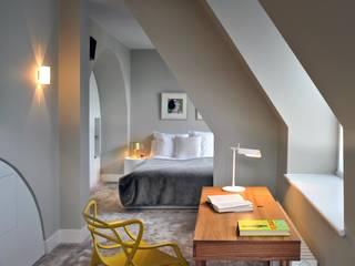 St. Pancras Penthouse Modern style bedroom by TG Studio Modern