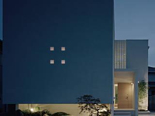 Дома в стиле минимализм от 和泉屋勘兵衛建築デザイン室 Минимализм