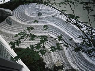 Garden by 和泉屋勘兵衛建築デザイン室, Asian