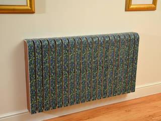 Cool Radiators? It's Covered!: modern tarz Oturma Odası