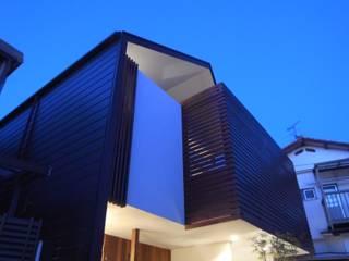 Maisons de style  par nagena , Éclectique