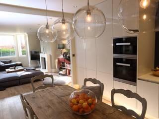 Dapur oleh London Building Renovation, Klasik