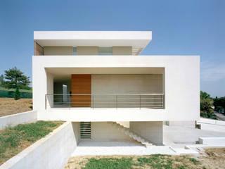 Modern houses by Massimo Zanelli architetto Modern