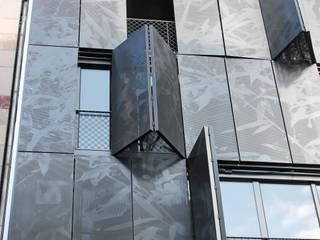 Faltschiebeläden, eine Vielfalt, die sich sehen lassen kann.:  Fenster von Baier GmbH