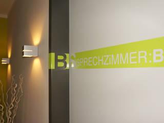 J : FAP:DR.HUMBSCH Moderne Praxen von GiSi.ARCHiTECTURE Modern