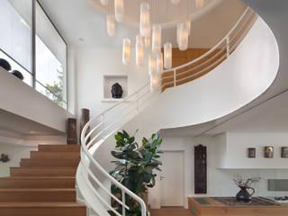Haus F Moderner Flur, Diele & Treppenhaus von architekturbüro rettberg Modern