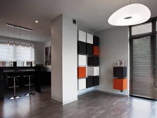 Apartament Orange : styl , w kategorii Salon zaprojektowany przez KLIFF DESIGN