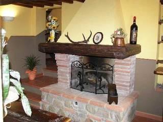 Appartamento in VENDITA a Serravalle Pistoiese: Soggiorno in stile  di Immobiliare MG