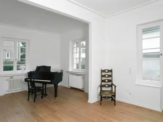 Wohnzimmer: klassische Wohnzimmer von Klaus Hollenbeck Architekten