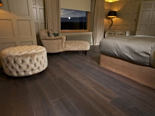 FSC Handfinished engineered Oak planks par Woodenfloors.uk.com Moderne