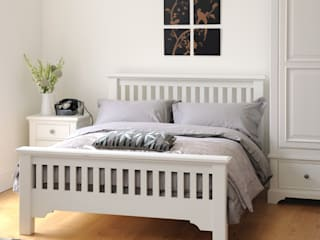 Ascot White 4ft6 Double Bed Country style bedroom by The Cotswold Company Country