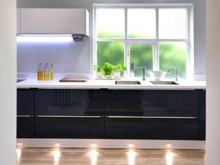 مطبخ تنفيذ Haus12 Interiors,