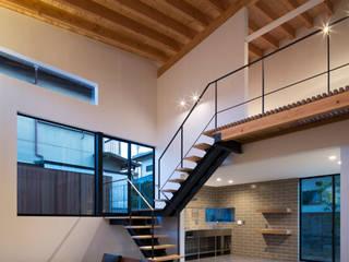 リビング3 オリジナルデザインの リビング の 井上久実設計室 オリジナル