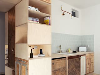 Plus One Berlin Eclectic style kitchen by paola bagna Eclectic