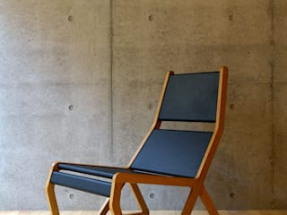 Slitta por hirakoso DESIGN Moderno