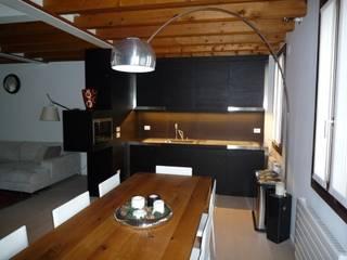 Cucina:  in stile  di architetto Luca Lorenzon