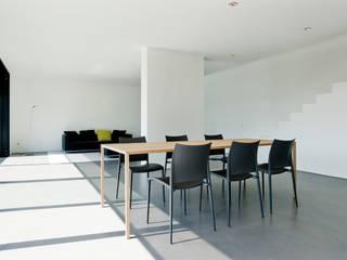 Haus K in Friedrichstal Minimalistische Esszimmer von Thomas Fabrinsky Dipl.-Ing. Freier Architekt BDA Minimalistisch