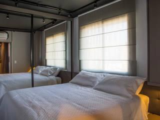 ห้องนอน โดย Leticia Sá Arquitetos, โมเดิร์น
