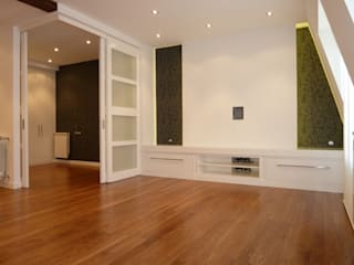 Moderne Wohnzimmer von ERRASTI Modern