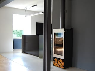 schwarz Haus:  Wohnzimmer von schwarzID,Minimalistisch