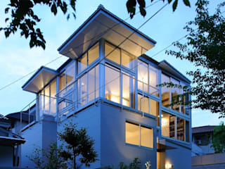 五月丘の家 - House of Satukigaoka: 林泰介建築研究所が手掛けた家です。