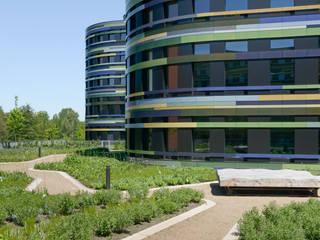 Außenanlage Neubau der Behörde für Stadtentwicklung und Umwelt Moderner Garten von Landschaftsarchitektur+ Modern