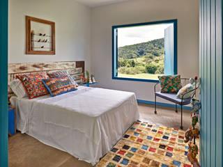 Rustic style bedroom by Beth Marquez Interiores Rustic
