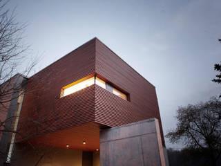 VILLA IN OBERURSEL Moderne Häuser von MMZ GmbH Modern