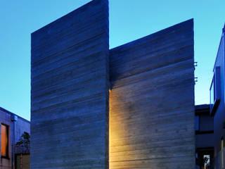 代田の住宅: 井上洋介建築研究所が手掛けた家です。