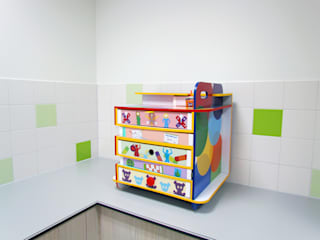 studio Che Eyzenbach Rumah Sakit Modern