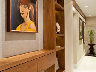 ห้องโถงทางเดินและบันไดสมัยใหม่ โดย Mariana M Simoes arquitetura conceitual โมเดิร์น