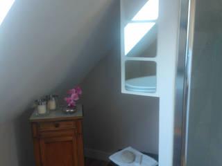 suite parentale en presqu'ile: Salle de bains de style  par TDO Concept