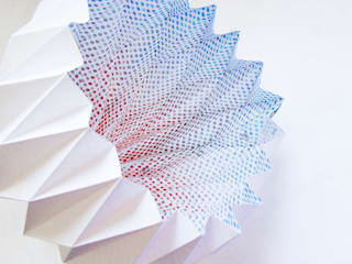 白SHIRO suspension lamp_dots blue to tangarine shading:  in stile  di metrocuadro-design
